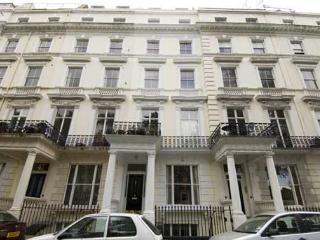 2 bedroom 2 bathroom apartment in Notting Hill