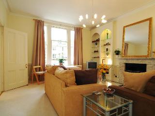 Sir  Windsor 2 bedroom apartment in Kensington