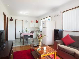 The Waratah Beach Villa, Windang
