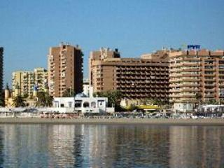 First line beach private studio in hotel PYR, Fuengirola