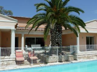 Les Cigalous, Cevennes, chambre d'hotes, piscine