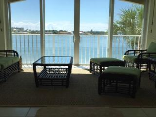 Beautiful Hutchinson Island Condo, Fort Pierce
