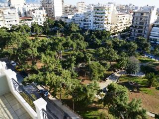 """Aegean view"" top floor maisonette apartment, Atenas"