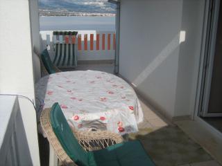 Villa Tanja - apartment A4, Slatine