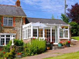 Rural Choice Devon Holidays: Upcott Squire Annexe