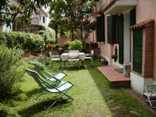 Casa con giardino autonomo al Lido di Venezia