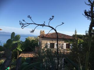 magnifique T3 indépendant dans propriété arborée, Ajaccio