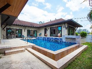 Phuket Holiday Villa 3297