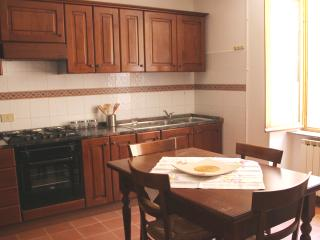 Holiday house in the hills between Umbria-Marche, Fossato di Vico