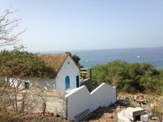 Maison avec terrasse sur mer, Tarrafal