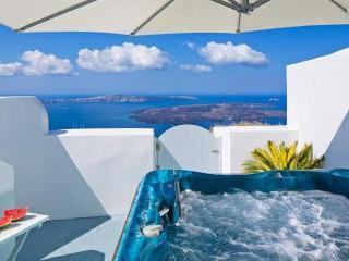Incredible Views in Santorini, Imerovigli