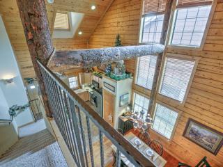 Deer Creek Cabin @ Grand Mountain, Branson