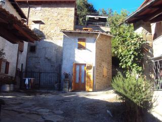 bilocale in piccolo borgo del casentino (consuma), Pratovecchio