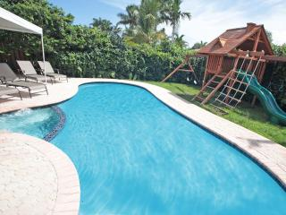 3: Palm Cove: Great Rates! Beaches,  Children's Treehouse. 4/3 Sleeps 10