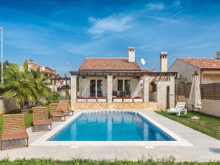 Villa Mila with pool and sea view