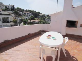 1563 - Apartamento con terraza!, Llanca