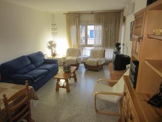 1677 - Apartamento al lado de la playa!, Llanca