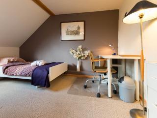 Flat meuble toutes charges comprises