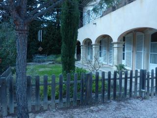 Appartement dans villa, Saint Saturnin les Avignon