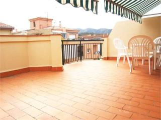 737 - Penthouse a few meters from the beach, Llanca