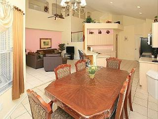 8118 Delightful 6-BR Resort Home 3 miles to Disney, Kissimmee