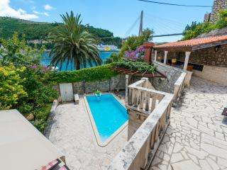 Villa Frana Dubrovnik - 4 bedrooms & swimming pool