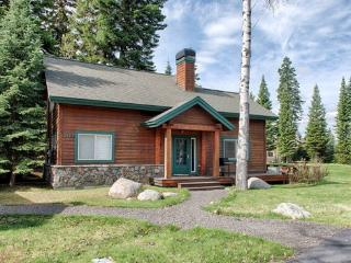 Fairway Cottage - Golf course frontage, Hot Tub, McCall