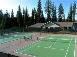 Fairway Cottage - Golf course frontage, Hot Tub