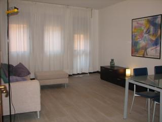 Padova center renovated apartment with car park, Padua