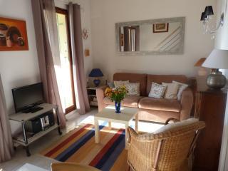 Appartement duplex avec petite vue mer, Sanary-sur-Mer