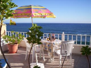 'CASA DO CAIS' - BBQ, TERRACE AND SEA VIEW
