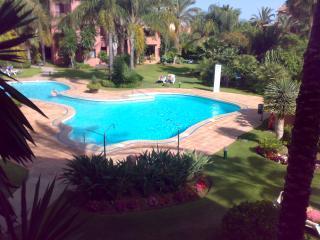 Apartamento  lujo a 50 m d la mejor playa Marbella