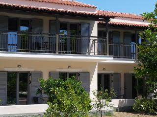 Orange Grove Villas & Suites - 1 Bedroom Apartment