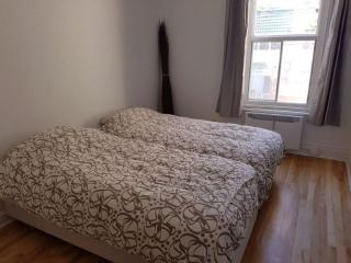 Beautiful Plateau Furnished Apt ideal for families, Montreal