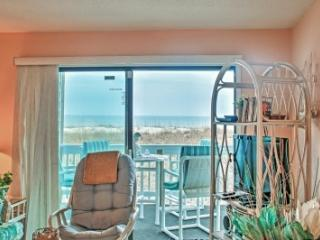 First Floor Ocean Front Condo Walking distance, Carolina Beach