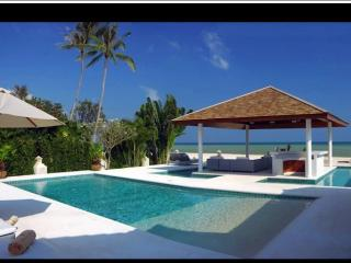 Beachfront villa Baan Flora, Maret