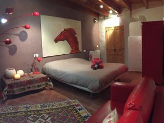 Habitación Artística a Rabós, Rabos