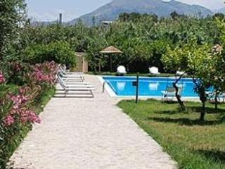 Cottage con piscina a 400 metri dal mare, Santa Flavia