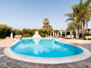 Luxuries Private Villa and Pool, Melissano