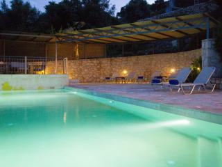 Villa Lefki – spacious, contemporary villa with private pool