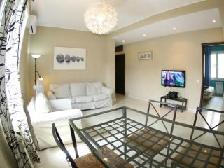 S3-Contemporary Comfy Flat NEAR SAGRADA FAMILIA, Barcelona