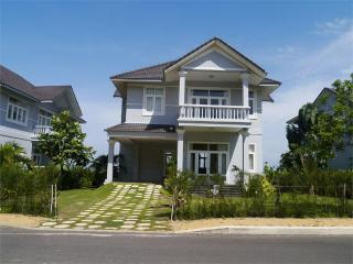 2 Luxury Sea Links Villas, Phan Thiet