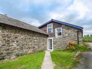 THE WILLOWS open plan spacious accommodation, pet-friendly, WiFi, enclosed garden, in Rhayader Ref 931170