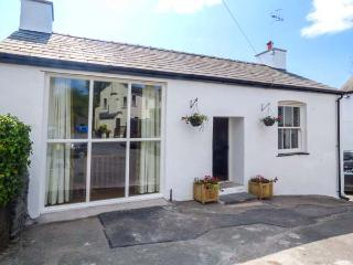 OLD KINGS HEAD BARN, semi-detached, open plan, woodburner, WiFi, in Broughton-in-Furness, Ref 917335, Broughton in Furness