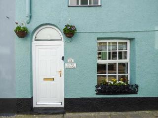 KIPS COTTAGE, woodburner, open plan, WiFi, in Mevagissey, Ref 933581