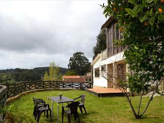 Lovely rural stone house with panoramic view, Ferrol