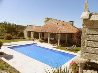 Luxurious villa with swimming pool in Pontevedra, Borela