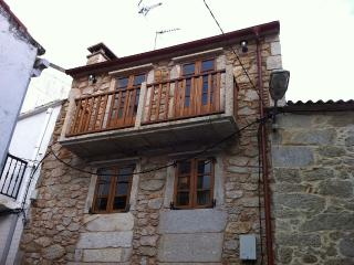 Charming, cozy rustic house on Costa da Morte, Ponteceso