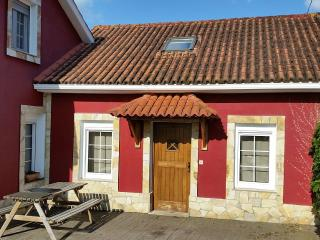 Cozy holiday home in a lovely environment near Coruña, Oleiros