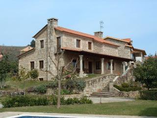 Luxurious villa with swimming pool in Rías Baixas, Tomino